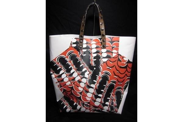 「マルニのバッグ 」
