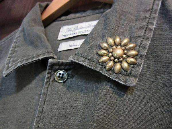 「レミレリーフのミリタリーシャツ 」