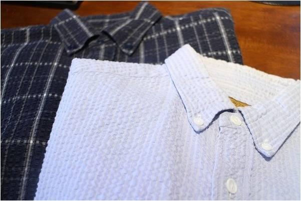 「ブラウンバイツータックスの半袖シャツ 」