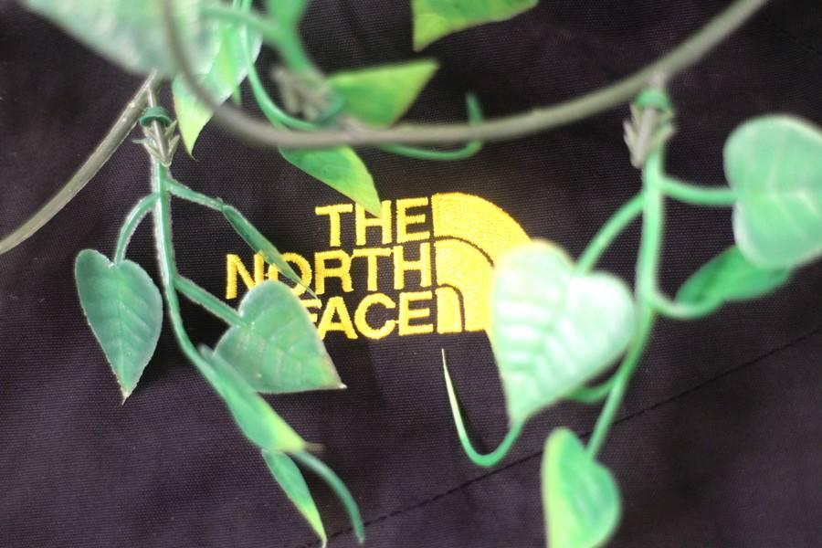 「ノースフェイスのTHE NORTH FACE 」