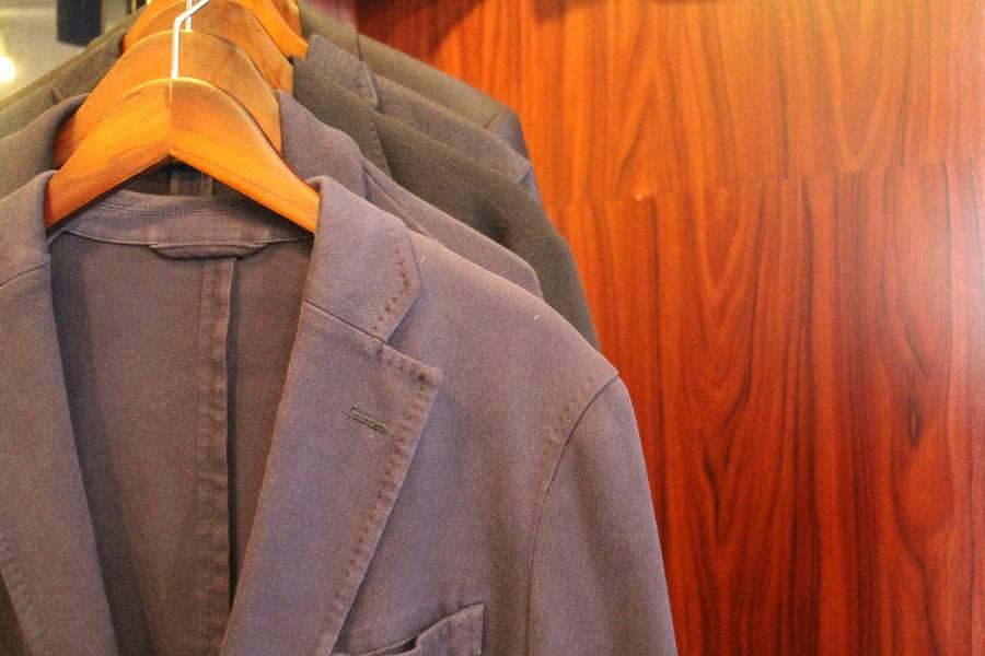 「中古のテーラードジャケット 」
