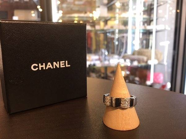 「CHANELのシャネル 」