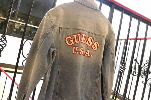 「GUESSのデニムジャケット 」
