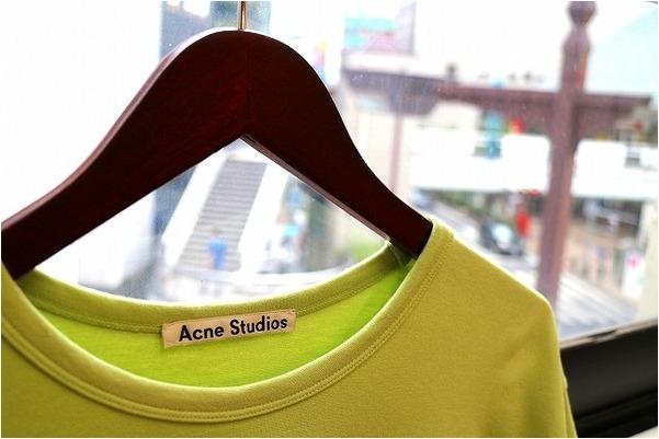 【19ss Acne studios 色に刺激されたミニマリズム】トレファクスタイル川越店