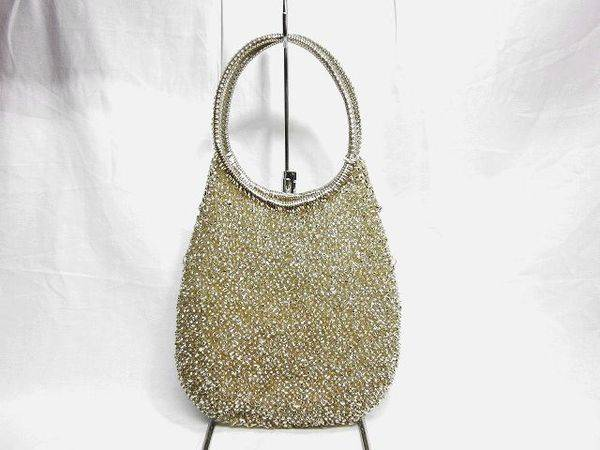 「アンテプリマのバッグ 」