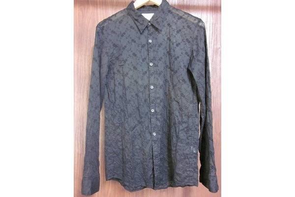 「オーレットのシャツ 」