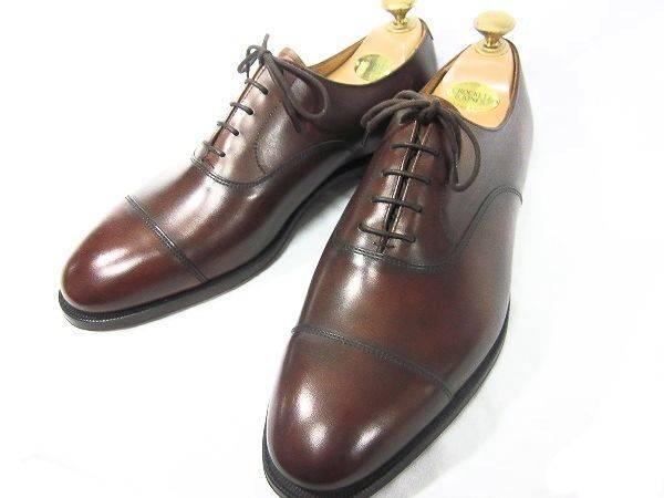「クロケット&ジョーンズの紳士靴 」