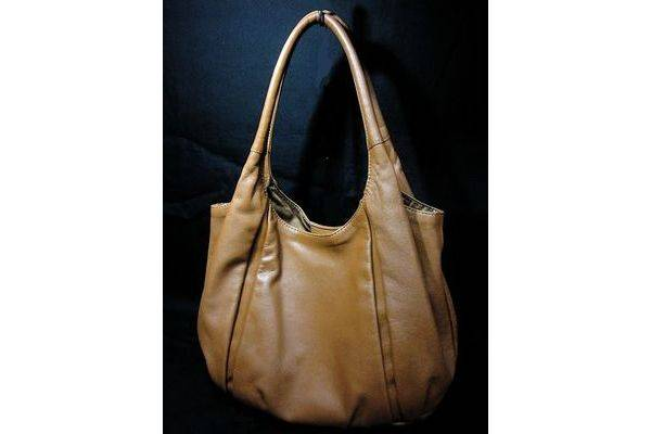 「土屋鞄のバッグ 」