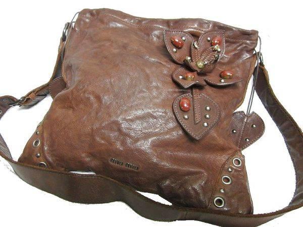 「ミュウミュウのバッグ 」