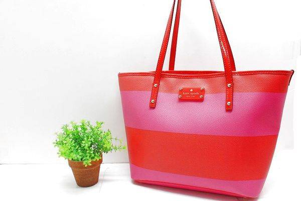 「ケイトスペードのバッグ 」