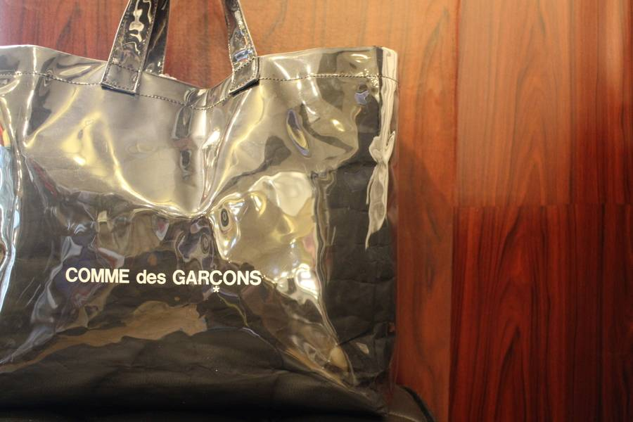 「コム デ ギャルソンのcomme des garcons 」