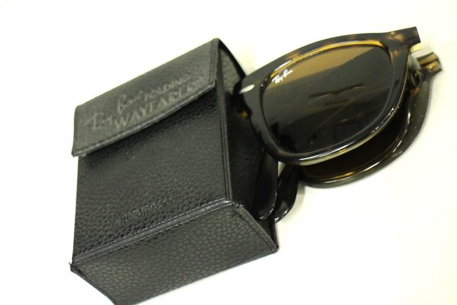 「RAY-BANのサングラス 」