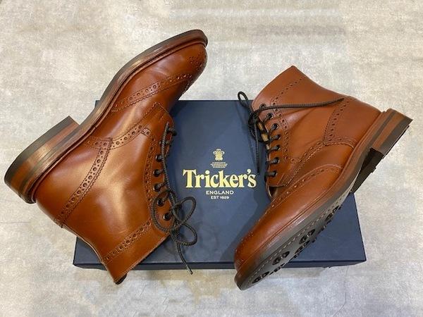 「ブーツのTricker's 」