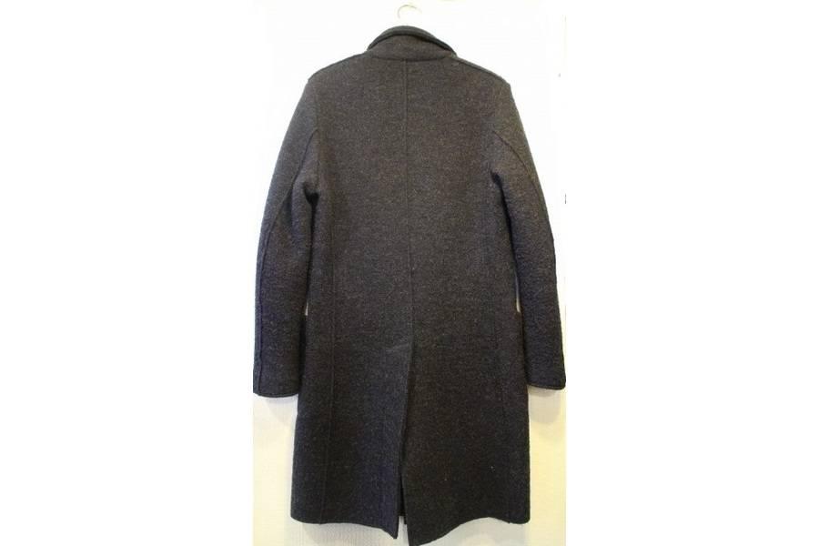 ウールジャケットのLARDINI