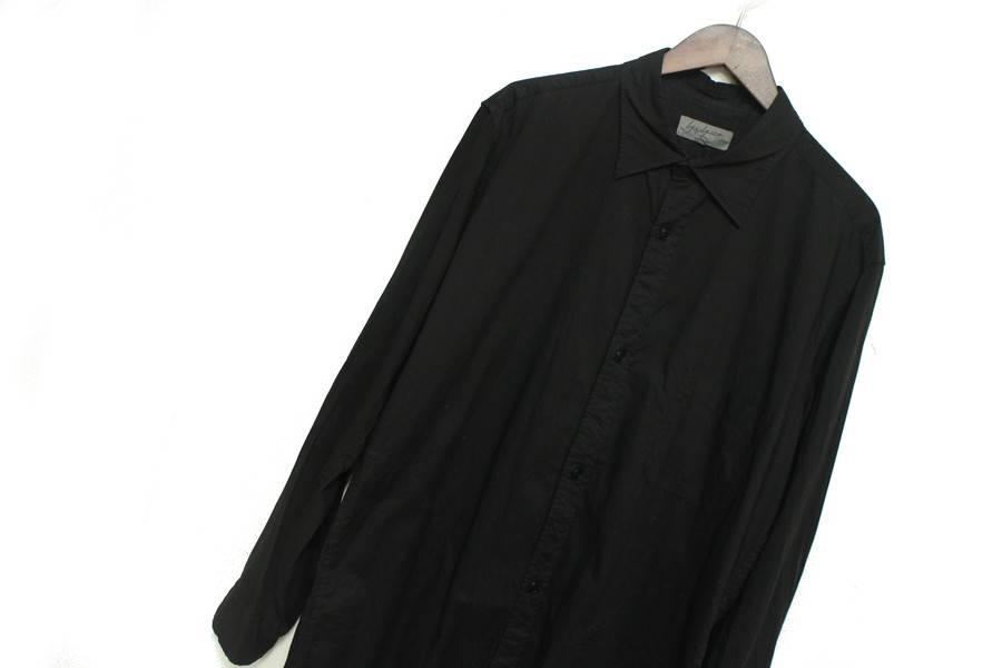 中古のシャツ