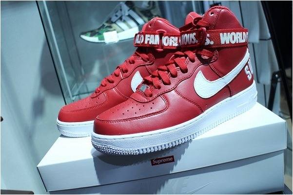 NIKEのAIR FORCE 1 HIGH  SUPREME SP