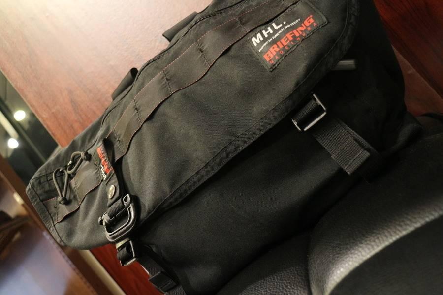 シンプルでベーシックが信念としたバッグ、MHL.×BRIEFING /エムエイチエル×ブリーフィング入荷致しました。【古着買取トレファクスタイル川越店】