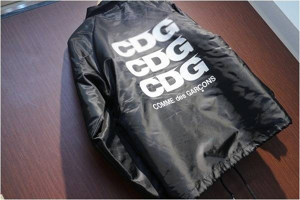 定番として長い支持を受けているGOOD DESIGN SHOP COMME des GARCONSコーチジャケット入荷いたしました。【古着買取トレファクスタイル川越店】