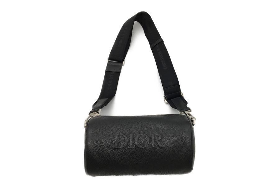 ディオールのROLLER BAG
