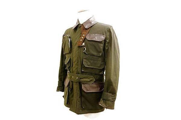 「バイブリーコートのフィールドジャケット 」