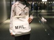 【MHL/エムエイチエル】男女問わず大注目のトートバッグが入荷しました!!