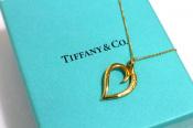 【TIFFANY&Co./ティファニーアンドコー】ハート×リーフの上品なWモチーフネックレス入荷致しました!