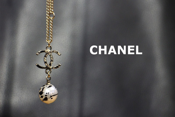 《CHANEL/シャネル》パールブラックペイントネックレス入荷♪