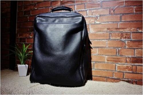橋本のレザーバッグ
