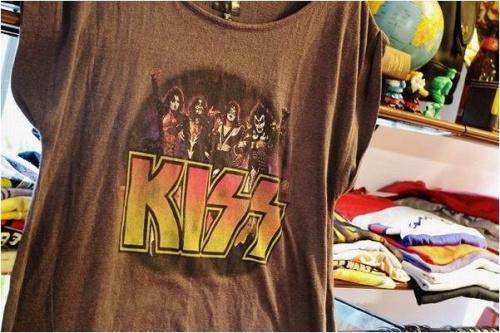 ヴィンテージのバンドTシャツ