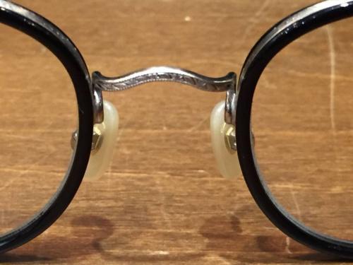 金子眼鏡の伊達眼鏡