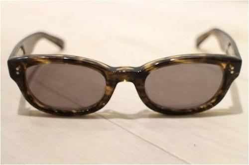 コラボのサングラス