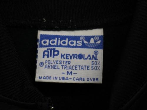 トラックジャケットのKEYROLAN