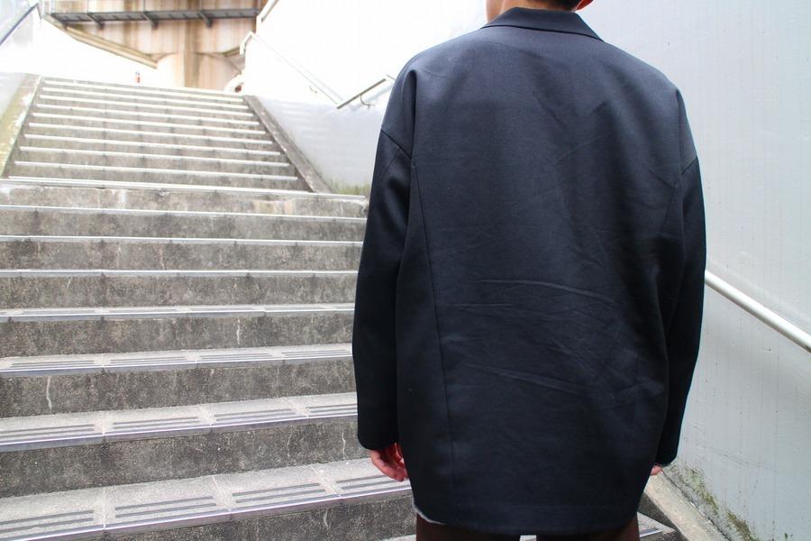 よそいきスロープジャケットのブラック