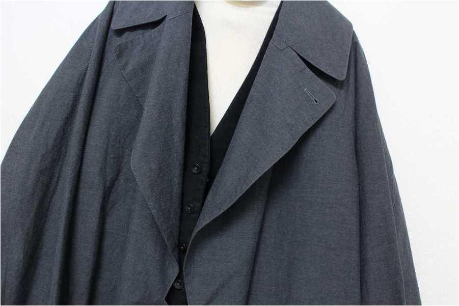 「コートのスプリングコート 」