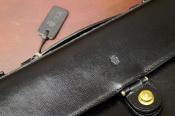 クラシックな雰囲気、、Felisiからビジネスバッグの入荷です。