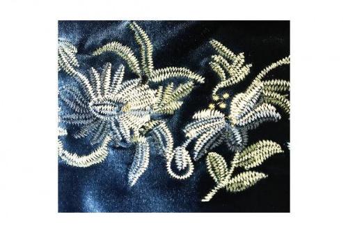 刺繍のベロア
