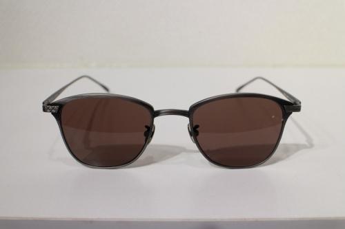 ボッテガベネタのサングラス