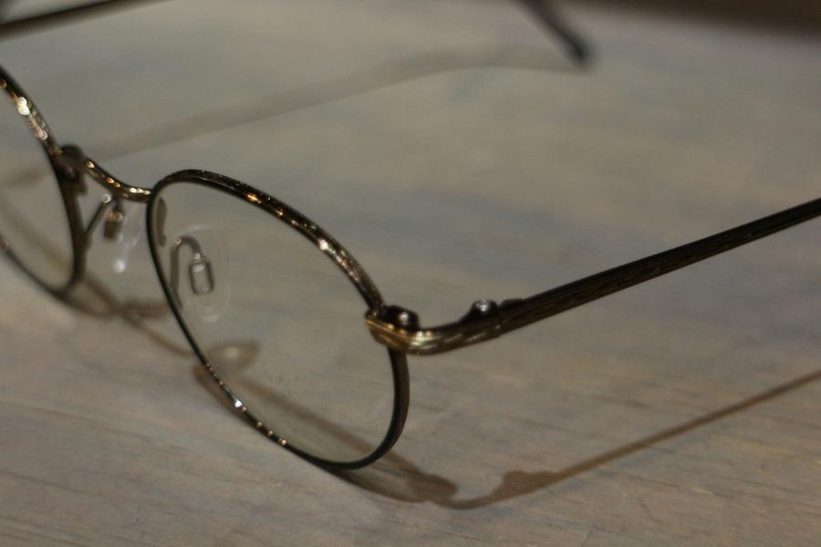 モスコットの眼鏡