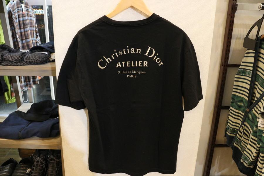 Tシャツの葛西