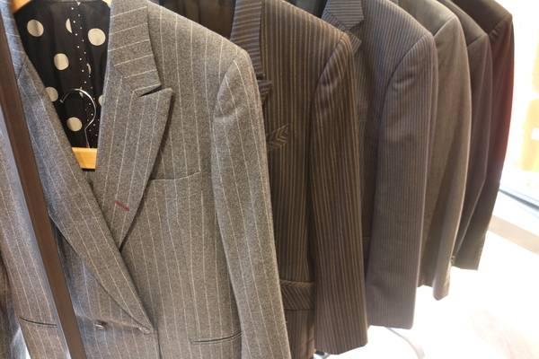 「スーツのブランド 」