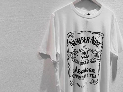 Tシャツのアンダーカバー