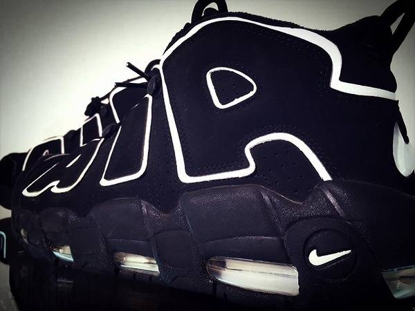 """NIKE""""漆黒のAIR MORE UP TEMPO""""【トレファクスタイル厚木店】"""
