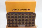 【LOUIS VUITTON(ルイヴィトン)】ジッピーウォレット スタッズ N60122 入荷!