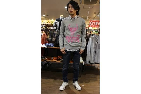 「MAISON KITSUNEのボタンダウンシャツ 」