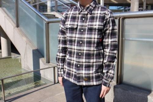 ダブルタップスのネルシャツ