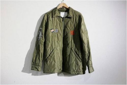 キルティングジャケットの刺繍
