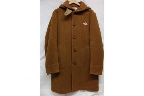 トップスのウールジャケット
