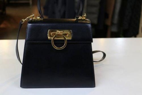 シューズ・バッグのハンドバッグ