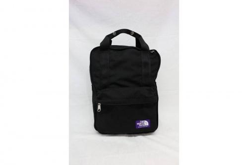 ノースフェイスのバッグパック