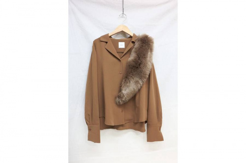 アメリのDOCKING FUR OPEN SHIRT